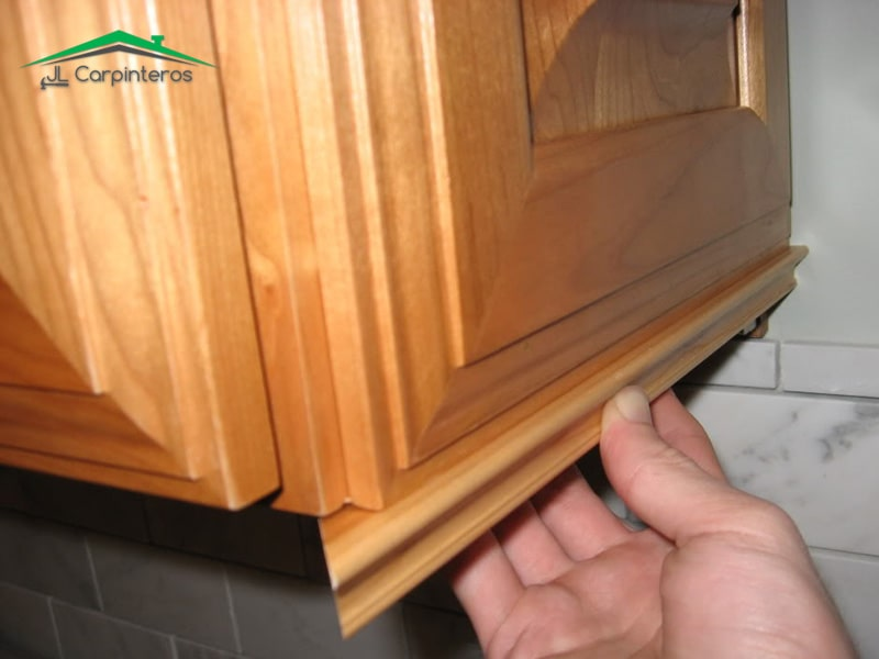 Reparación y Restauración de muebles de cocina Madrid   629 318 724